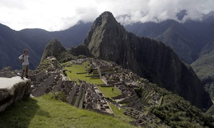 Machu picchu full day / peru rail